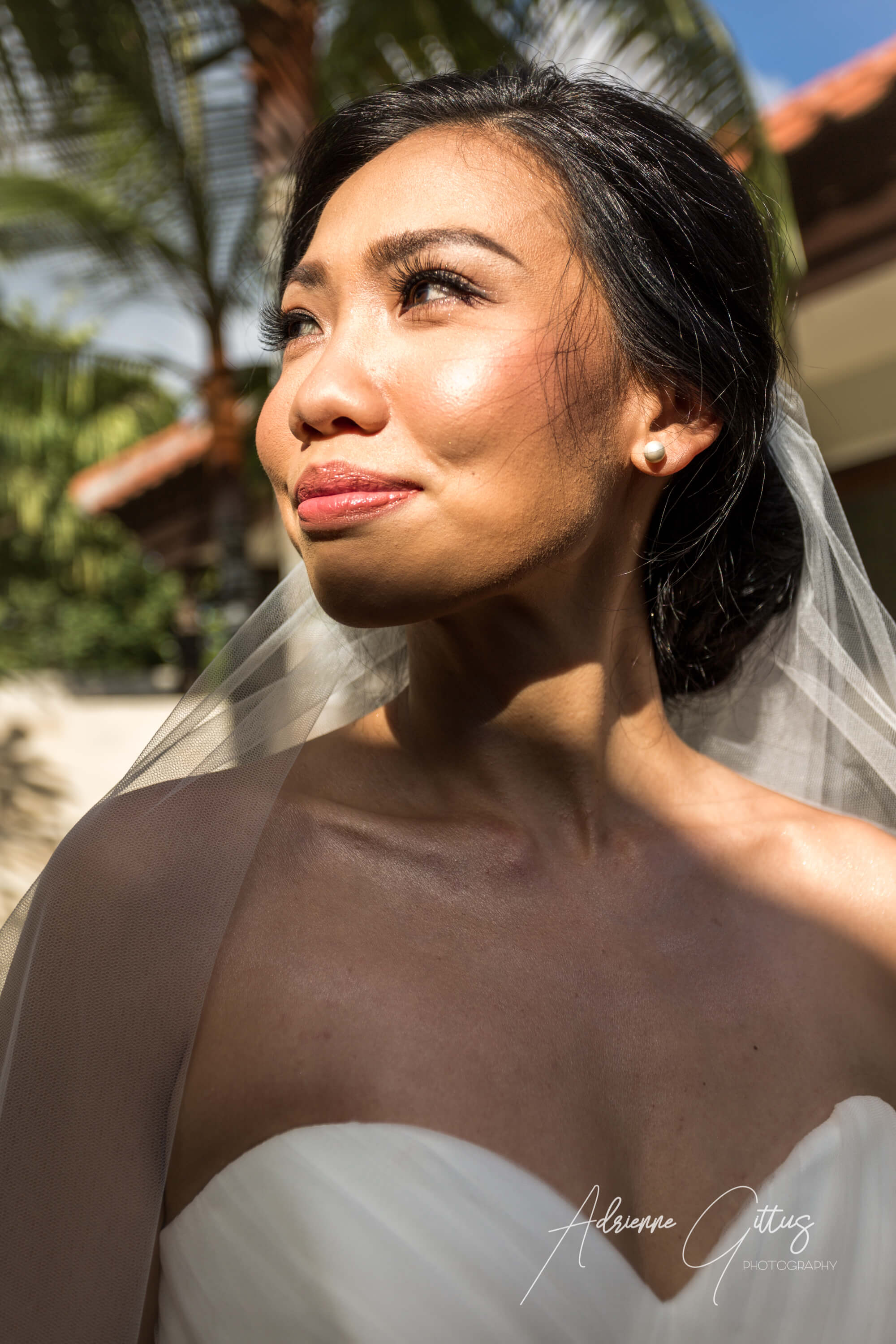 Portrait of a smiling bride in a wedding dress